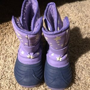 Like new glow in the dark toddler snow boots